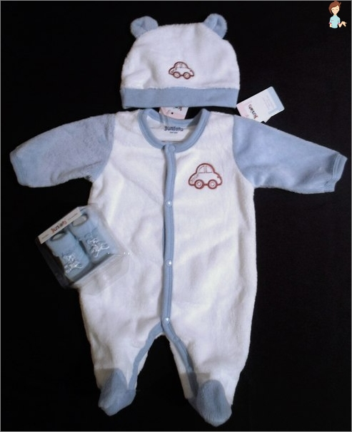 The choice of clothes for newborns