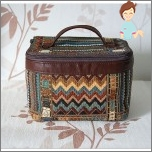 Women's cosmetic bag - chest