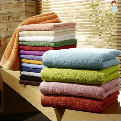 How many towels should be in a good housewife