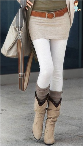 Tights for weekdays and holidays