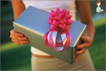 Gift of a man: favorite, boss, colleague