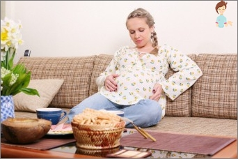 Why a stomach ache during pregnancy: possible causes and remedies