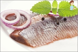 Herring for nursing mothers: can or can not