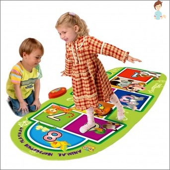 Dance mat - interesting and useful toy for children