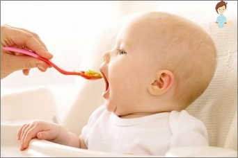 At what age is best to start solid foods?