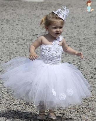 Siuvamosios graži suknelė mergaitėms