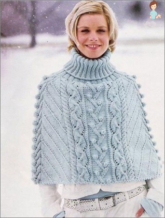 How can I tie a stylish poncho with knitting needles and crochet hooks?