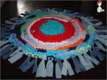 Erstellen Sie Teppiche aus alten Sachen