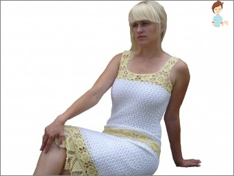 Original dress crocheted