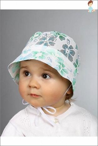 Modische Kleidung für Neugeborene