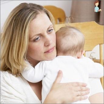Die Psychose nach der Geburt unterscheidet sich von Handra und Depressionen