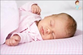 كم عدد الأطفال حديثي الولادة يجب أن ينام؟