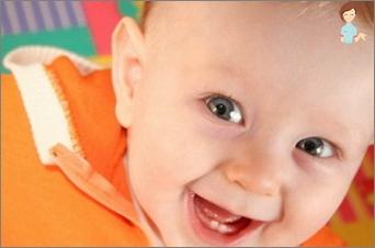 Wie helfen Sie Ihrem Baby, wenn die Zähne klettern?