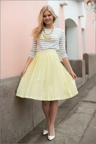Sun skirt: simple start modeling clothes at home