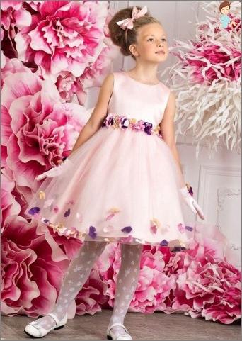 Children's dresses for graduation in kindergarten: buy or make it yourself