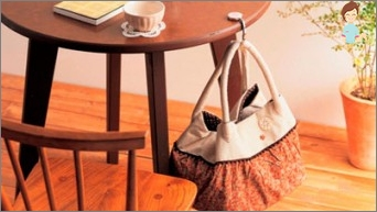 Holder for the bag: how to choose and use the accessory