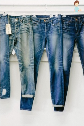 How to shorten jeans, leaving the factory seam?