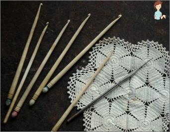 Getting ready for winter: knit crochet skirt for girl