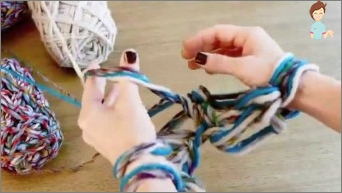 Knitting with hands without spice and hook: Popular Japanese equipment