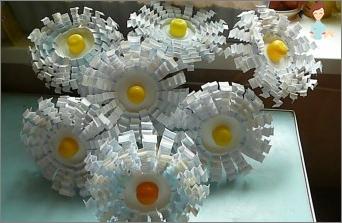 البابونج من الزجاجات البلاستيكية - الجمال الذي لا يقسم به يديه!