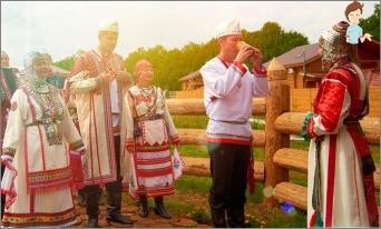 Hochzeitstraditionen und Bräuche der russischen Leute