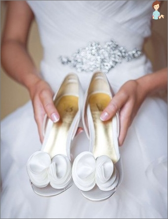 Charming brides and stylish grooms note: Wedding Fashion in the trends in 2015