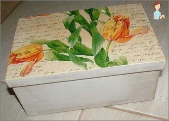 So dekorieren Sie die Kiste mit Ihren eigenen Händen: interessante Ideen