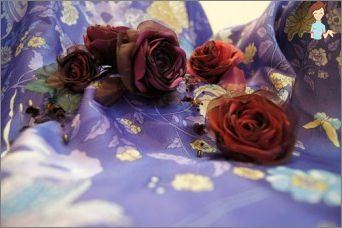 Production of flowers from silk fabric with their own hands