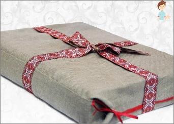 Wir beherrschen die Kunst, ein Geschenkverpackung zu schaffen: Schön verziert es mit deinen eigenen Händen
