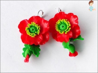 We make beautiful earrings with their own hands from polymer clay