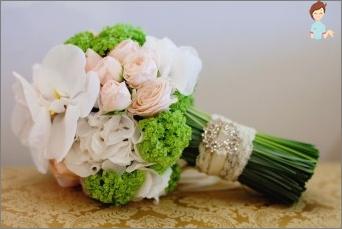 Traditioneller Hochzeitsstrauß in der ursprünglichen Leistung