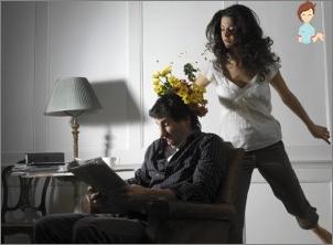 أفضل 10 طرق للتسبب في الغيرة من رجل أو زوج